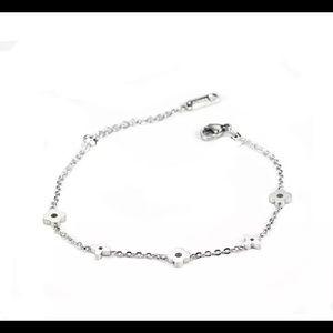 Jewelry - Platinum over stainless steel clover bracelet
